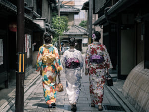9 Japanese Customs You Need to Know Before Traveling to Japan
