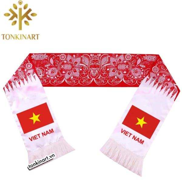 Sản xuất khăn cổ động in cờ Việt Nam
