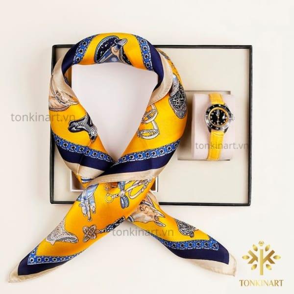 set khăn lụa đồng hồ, set khăn lụa, , set quà tặng nữ, quà tặng cao cấp, quà tặng doanh nhân,