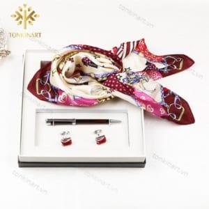 set khăn lụa bút khuy măng set , set quà tặng nữ, set khăn lụa, quà tặng cao cấp, quà tặng doanh nhân,