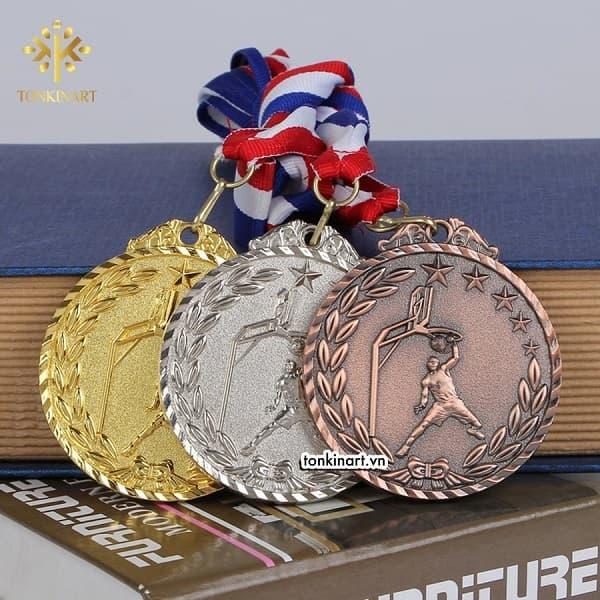 Bộ sưu tập huy chương giải chạy Hà Nội Marathon